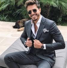 Картинки по запросу Як вибрати чоловічий суворий костюм!!!!